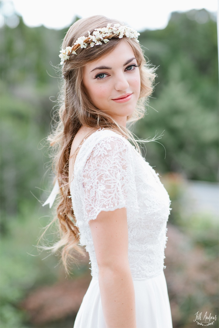 Perfectly imperfect dos to choose austin springs spa does thought of flower crowns and perfectly imperfect dos conjure the perfect bridal look well we are here to help get your wedding wheels turning izmirmasajfo